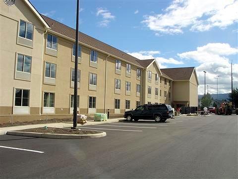Hilton Homewood Suites - Medford, Oregon - WRIGHT DEVELOPMENT, INC.